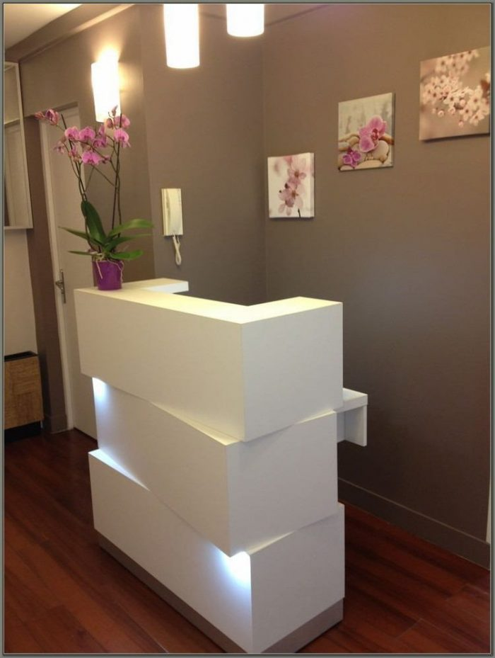 Beauty Salon Reception Desks