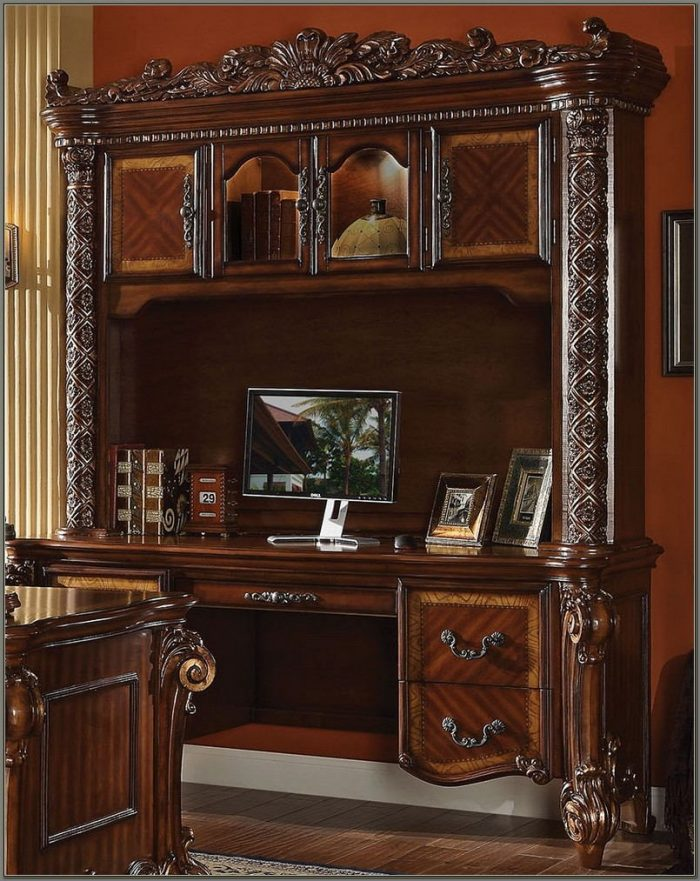 Cherry Wood Desk With Hutch