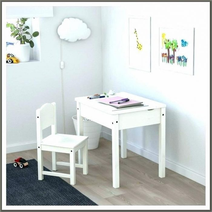 Childrens Desk With Hutch White
