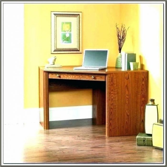 Laptop Desks For Small Spaces Uk