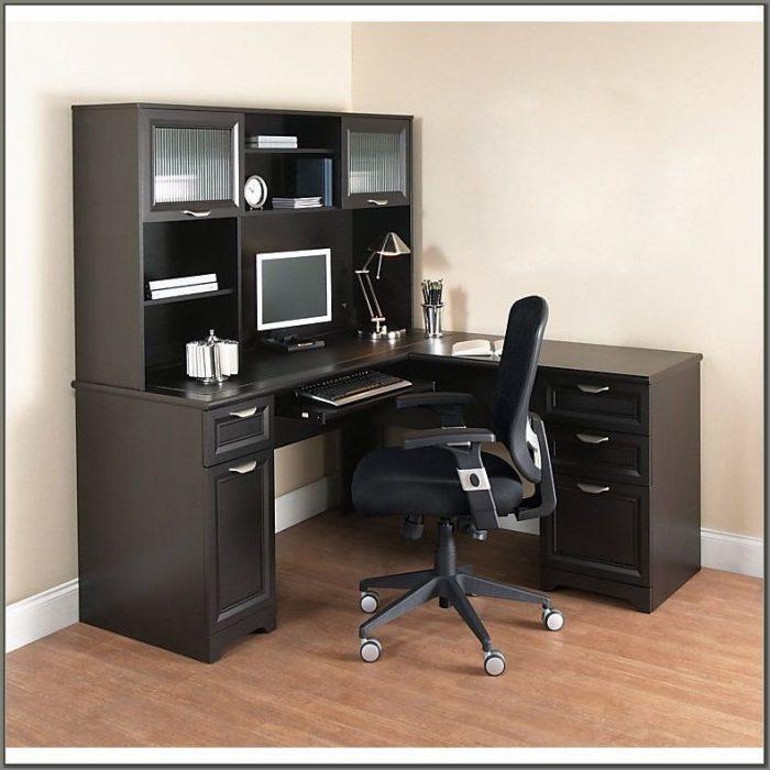 Magellan Collection L Shaped Desk