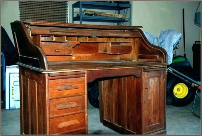 Riverside Furniture Roll Top Desk Oak