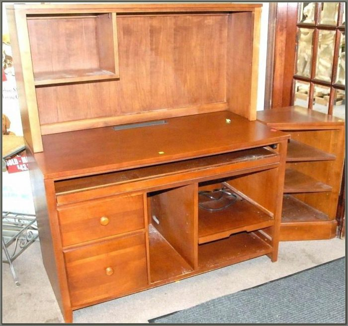 Used Computer Desk With Hutch