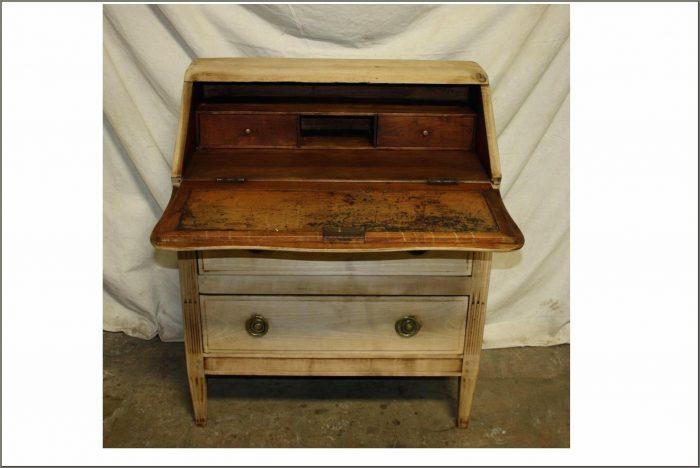 Vintage Secretary Desk With Hutch For Sale