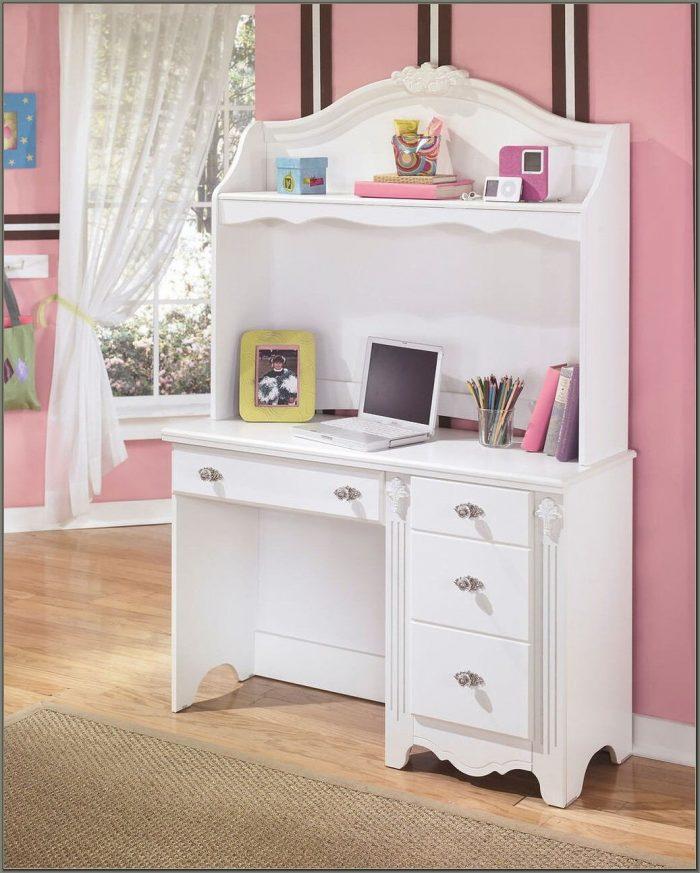 White Desk And Hutch
