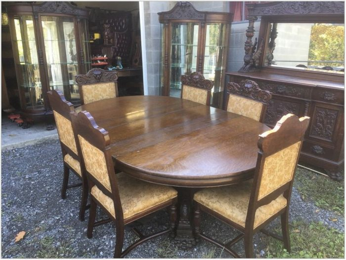 10 Pc Dining Room Set