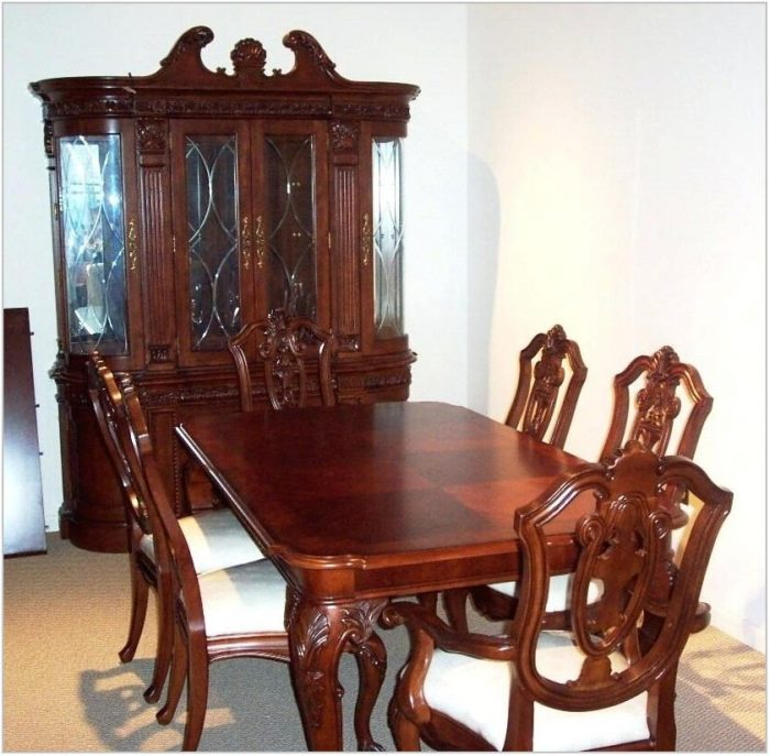 Belfort Furniture Dining Room Sets