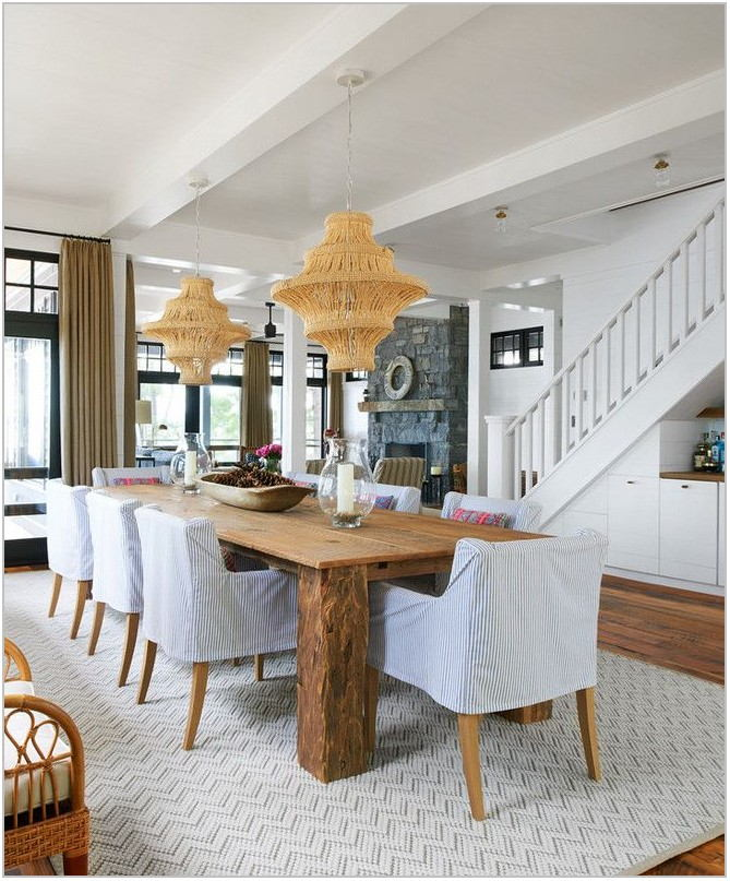 Coastal Farmhouse Dining Room
