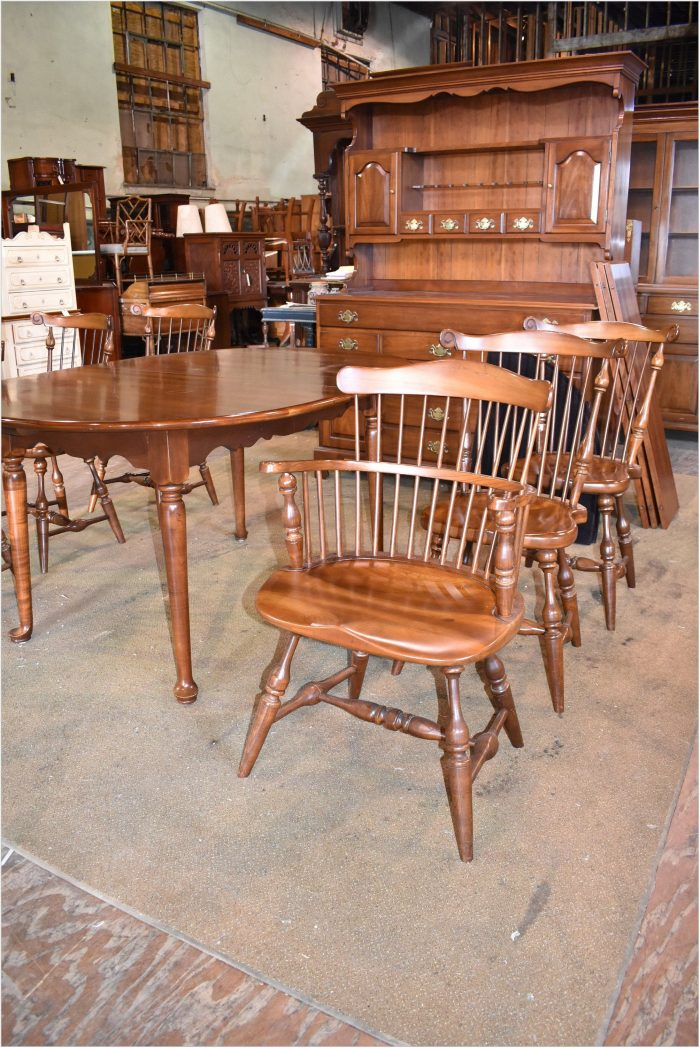 Colonial Dining Room Set