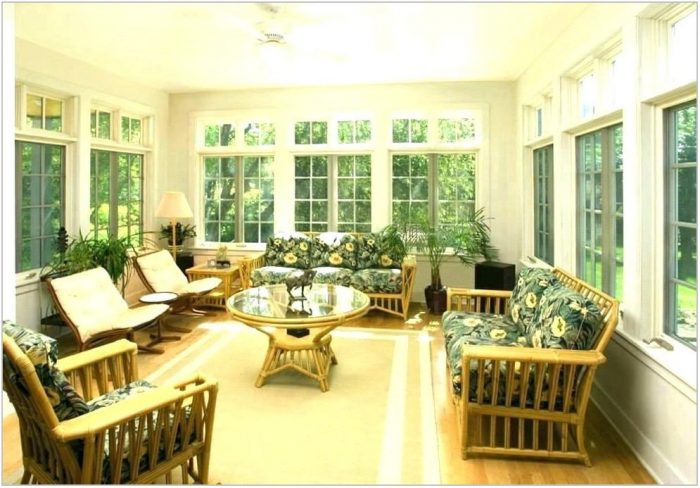Key West Style Dining Room Furniture