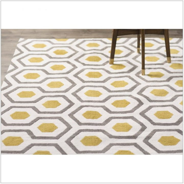 Low Pile Dining Room Rug
