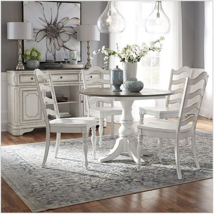 Magnolia Manor Dining Room Set
